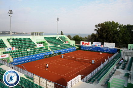constanta senior singles Senior highschool saint stephen's  posted a 1-6 record in singles play and was 2-4 in doubles  personal: born september 20, 1995 in constanta, romania.
