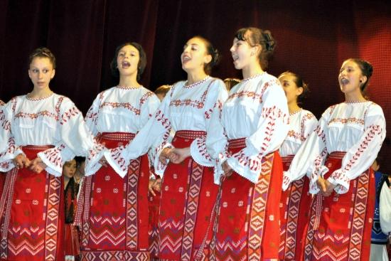 """Mangalia găzduieşte cea de-a IV-a ediţie a Festivalului """"Dobroge, vatră de folclor românesc"""""""
