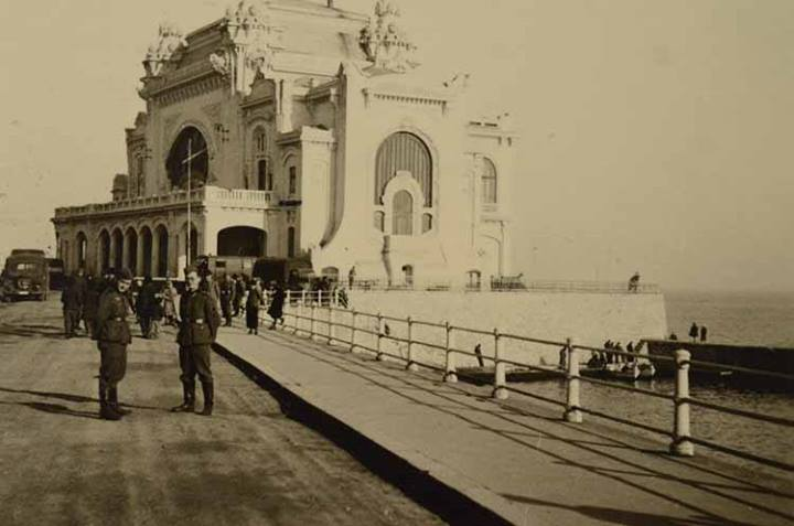 Imagini pentru Cazinoul şi faleza 1941 Constanţa