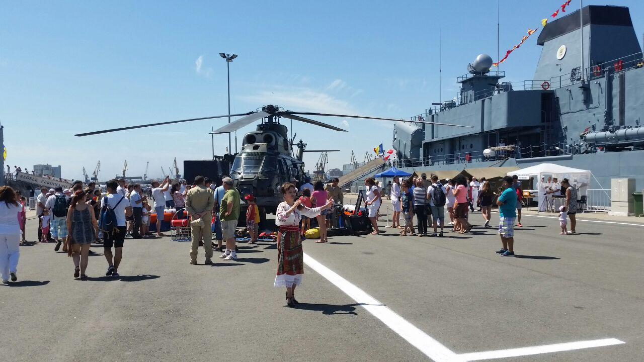 fotoreportaj fascinatie de ziua portilor deschise in dana militara a portului constanta galerie foto
