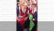 """""""Anii de şcoală rămân o povaţă…"""" O mare de flori, emoţii şi urări, în prima zi a noului an şcolar 2015 - 2016 (galerie foto)"""