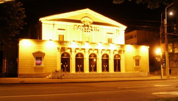 Imagini pentru Teatrul de Stat Constanţa