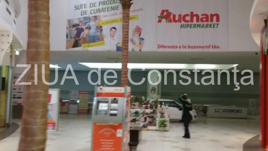 panica in auchan din maritimo shopping center intervine isu 613122