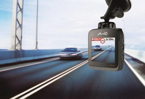Prins in timp ce conducea cu viteza de 203 km/h pe Autostrada A1