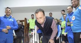 Sărbătorit de HC Dobrogea Sud Mesaj special scris pe tortul primit de antrenorul George Cirkovic de ziua sa de naştere (galerie foto)