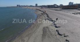 Imagini unice! Cum arată plaja Mamaia filmată cu drona. Falii măturate de valuri (galerie foto+video)