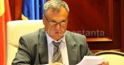 Mandatele consilierilor locali de la Mereni, vacantate de prefect. Urmează alegeri parţiale