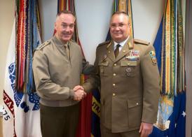 Întâlnire între șefii armatelor din România și SUA Importanţa Mării Negre pentru securitatea europeană şi internaţională