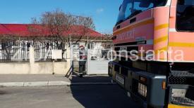 Pompierii, în alertă. Sunt solicitaţi la un incendiu în Palazu Mare (galerie foto)