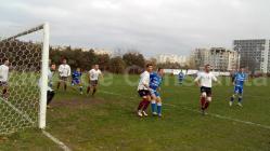 Duelul primelor două clasate în Liga a 4-a SSC Farul Constanţa susţine astăzi derby-ul cu Viitorul Fântânele