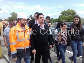Huiduiţi şi claxonaţi de şoferi Ministrul Transporturilor Alexandru Cuc şi preşedintele CJC  Horia Tutuianu, pe Podul vechi Agigea (galerie foto+video)