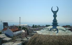 Musulmanii din România intră în postul din Luna Ramazan. Iată ce le urează Muftiul Cultului Musulman
