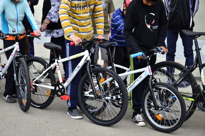 Chimpex a organizat o nouă acţiune CSR Chimpex asamblează, copiii pedalează