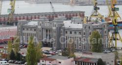 Declaraţie de avere - Ionuţ Bogdan Gheorghiu Economistul din cadrul CN APMC, cu un teren şi un apartament (documente)
