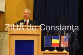 """Ambasadorul SUA, Hans Klemm """"Corupţia înseamnă furt din bunurile publice. Dacă acest furt se opreşte, România ar deveni o ţară mai prosperă"""""""