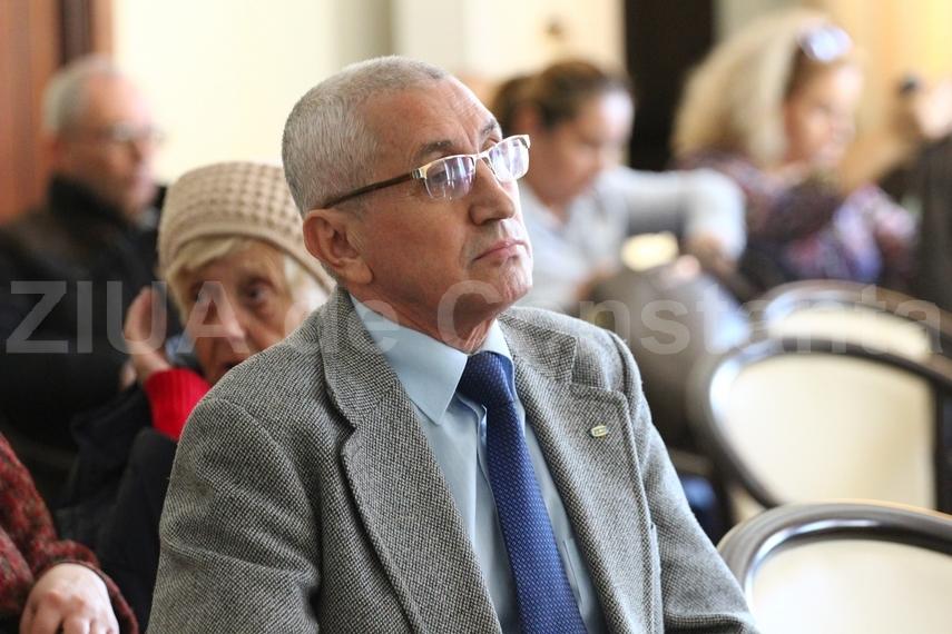Propus cetatean de onoare al Constantei: Directorul CS Farul, Ilie Floroiu, iese la pensie. Festivitate la Casa de Cultura
