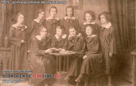 1925 Prima promoție de învățătoare