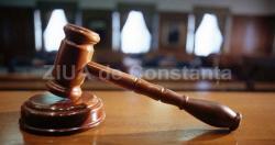 Antrenor de tenis acuzat că şi-ar fi violat eleva de 11 ani, trimis în judecată