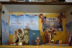 """Ansamblul folcloric """"Speranţa"""" al tinerilor cu nevoi speciale, pe podiumul mai multor concursuri (galerie foto)"""