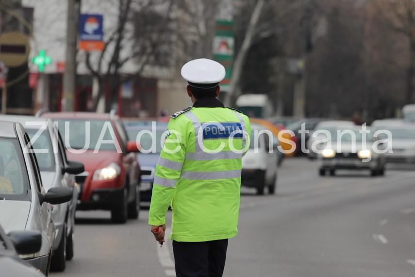 Politistii au impanzit drumurile cu zeci de radare in ultima zi a minivacantei de Anul Nou. Mai multi soferi au ramas fara permis