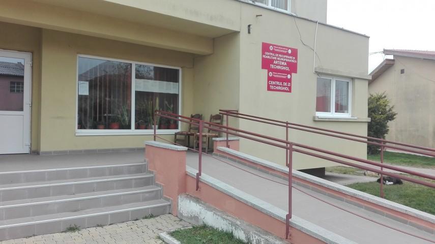 760 de persoane cu dizabilitati, ingrijite in centrele DGASPC Constanta