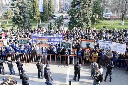 protest_miting_pensionari_militari_009.jpg