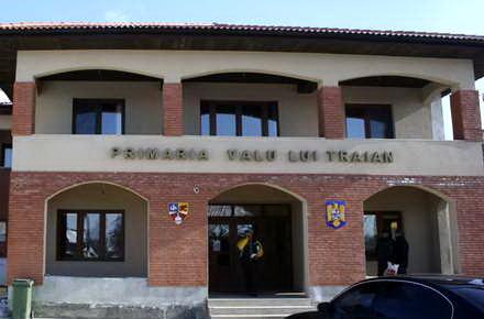valu_lui_traian_primaria_valu_lui_traian.jpg