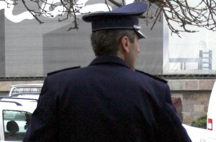 valeanu-politist.jpg