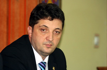 comisar-ValentinBurlacu.jpg