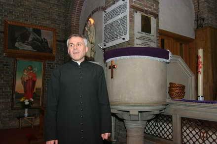 catolici_-_monsenior_preotul_ieronim_iacob.jpg