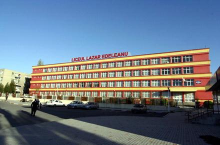 topliceemediimici-LiceulLazarEdeleanu.jpg
