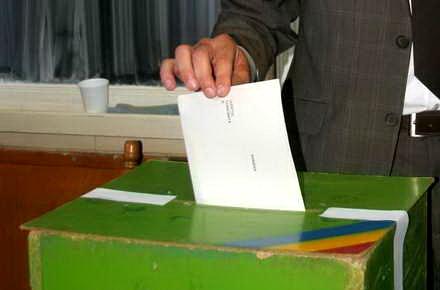 08_referendum_urna_vot.jpg