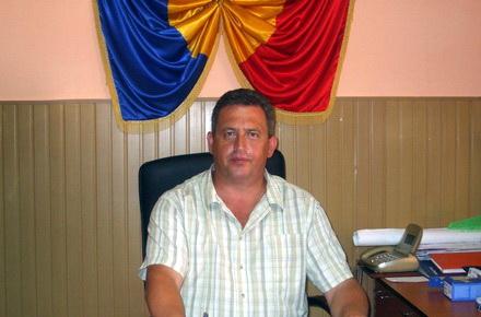 NicolaeBalcescuprimarViorelBalan1.jpg