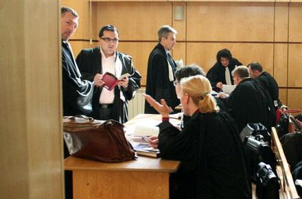 condamnare_tribunal_sala_de_judecata.jpg