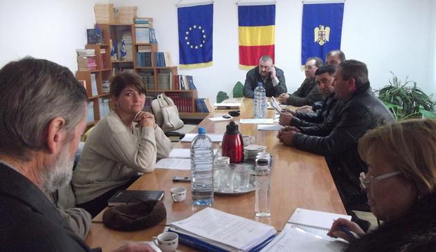 sedintele consiliilor locale sedinte publice tensiuni la sedinta consiliului local din deleni galerie