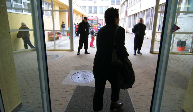 spitalu judetean - agenti zip escort