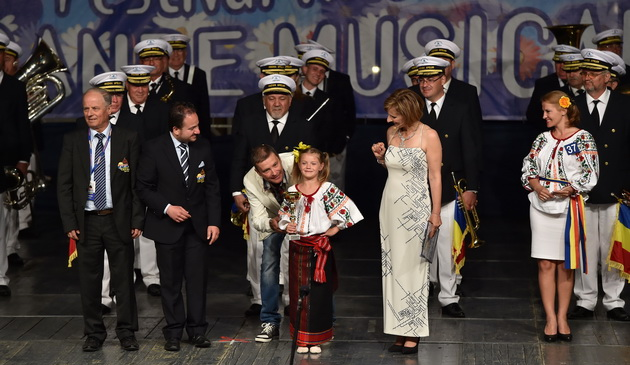 """Aplauze şi emoţii pentru constănţeni: Fanfara RAJA """"Muzica Apelor"""", premiată la Festivalul ..."""