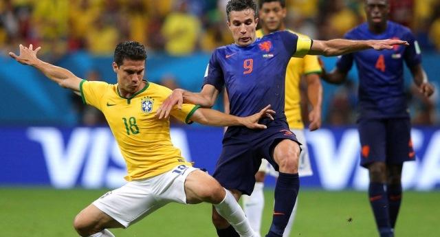 campionatul mondial de fotbal brazilia 2014, olanda medalii de bronz 2014, brazilia infrangere, robin van persie, louis van gaal
