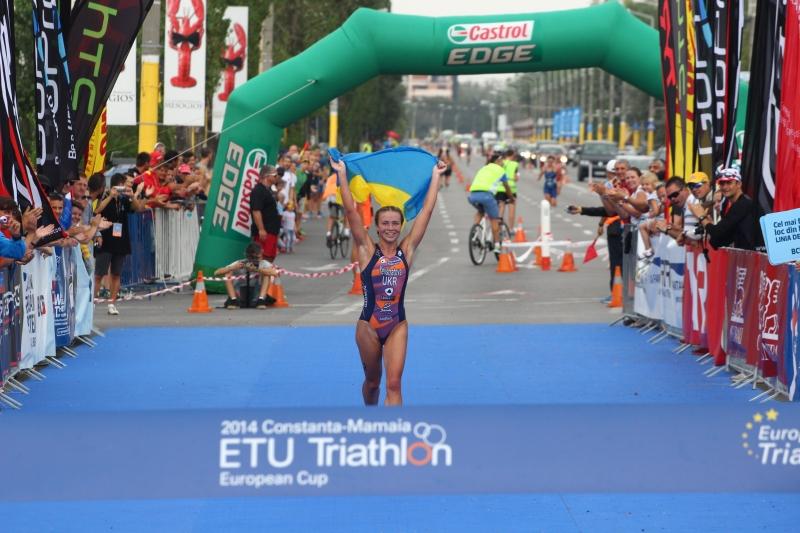 fotoreportaj lupta darza cu limitele fizice la triathlonul de la mamaia 510431