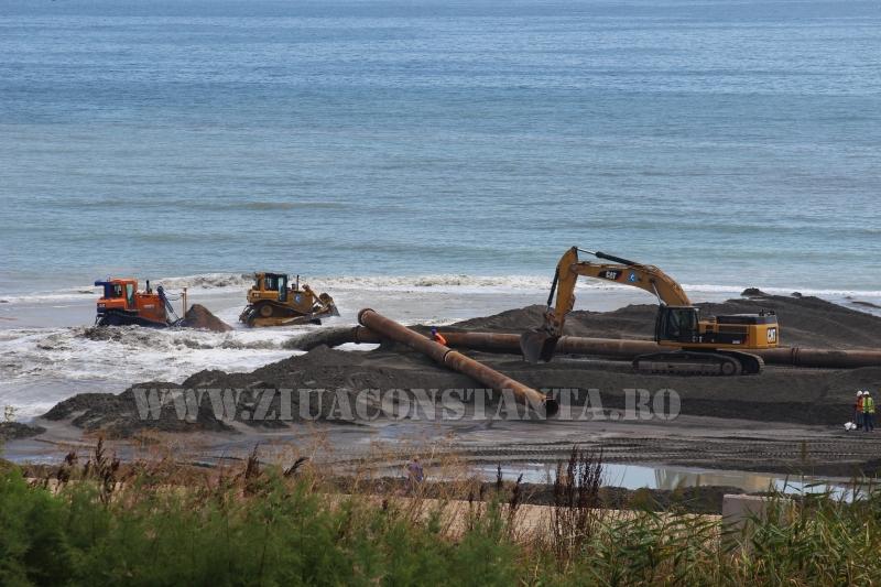 pe plajele litoralului romanesc se lucreaza intens pentru innisipare 562151