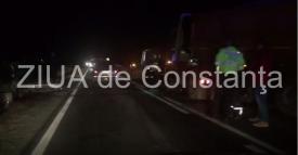 Imagini de la eveniment. Accident rutier grav pe DN22 Constanța-Tulcea în zona Palazu Mic. Mai multe mașini implicate. Traficul este îngreunat (video)