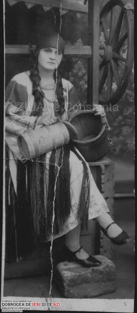 1927 Elena Ghitescu