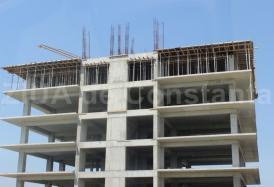 O firmă înfiinţată în 2017 intenţionează să supraetajeze un bloc de patru etaje din Mamaia Nord. Cui aparţinuse iniţial proiectul