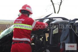 Accident rutier grav în județul Timiș. Un microbuz și un autoturism au intrat în coliziune. Șapte răniți