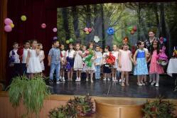 Festivitate de sfârşit de an şcolar Primăria Cumpăna a premiat elevii merituoşi şi sportivii de la echipa de fotbal juniori