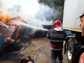 Pericol de explozie la Tulcea. Două butelii de GPL ardeau cu flacără deschisă. Iată ce s-a întâmplat (galerie foto)