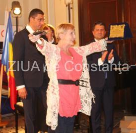 """#RespectTeatru: Medalia """"Jean Ionescu"""" şi placheta CJC #RespectTeatru, pentru scenografa Eugenia Tărăşescu Jianu"""
