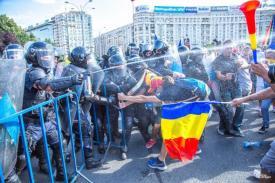 Parchetul General anunță rezultatele analizelor gazului lacrimogen folosit de Jandarmeria Română. Ce substanțe s-au folosit la protestul de pe 10 august