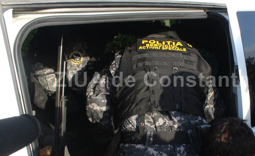 DIICOT: Perchezitii in judetul Maramures. Suspectii, cercetati pentru trafic de minori, lipsire de libertate in mod ilegal si