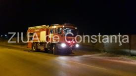 Incendiu în judeţul Constanţa. Un autoturism a fost cuprins de flăcări
